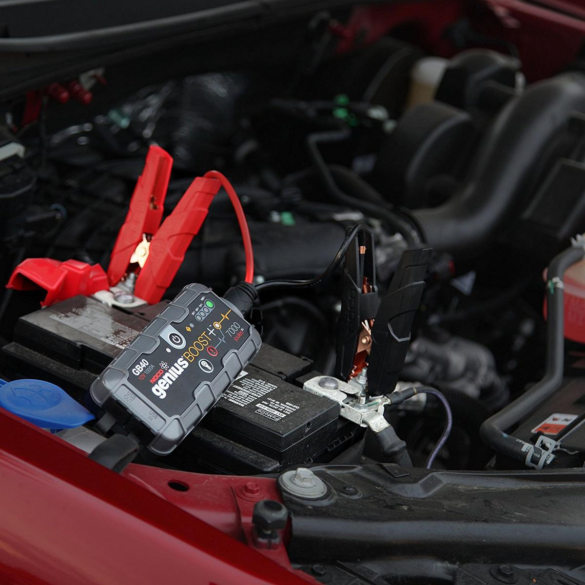 hight resolution of noco genius gb40 1000a 12v 6l 3l petrol diesel jump starter booster battery pack
