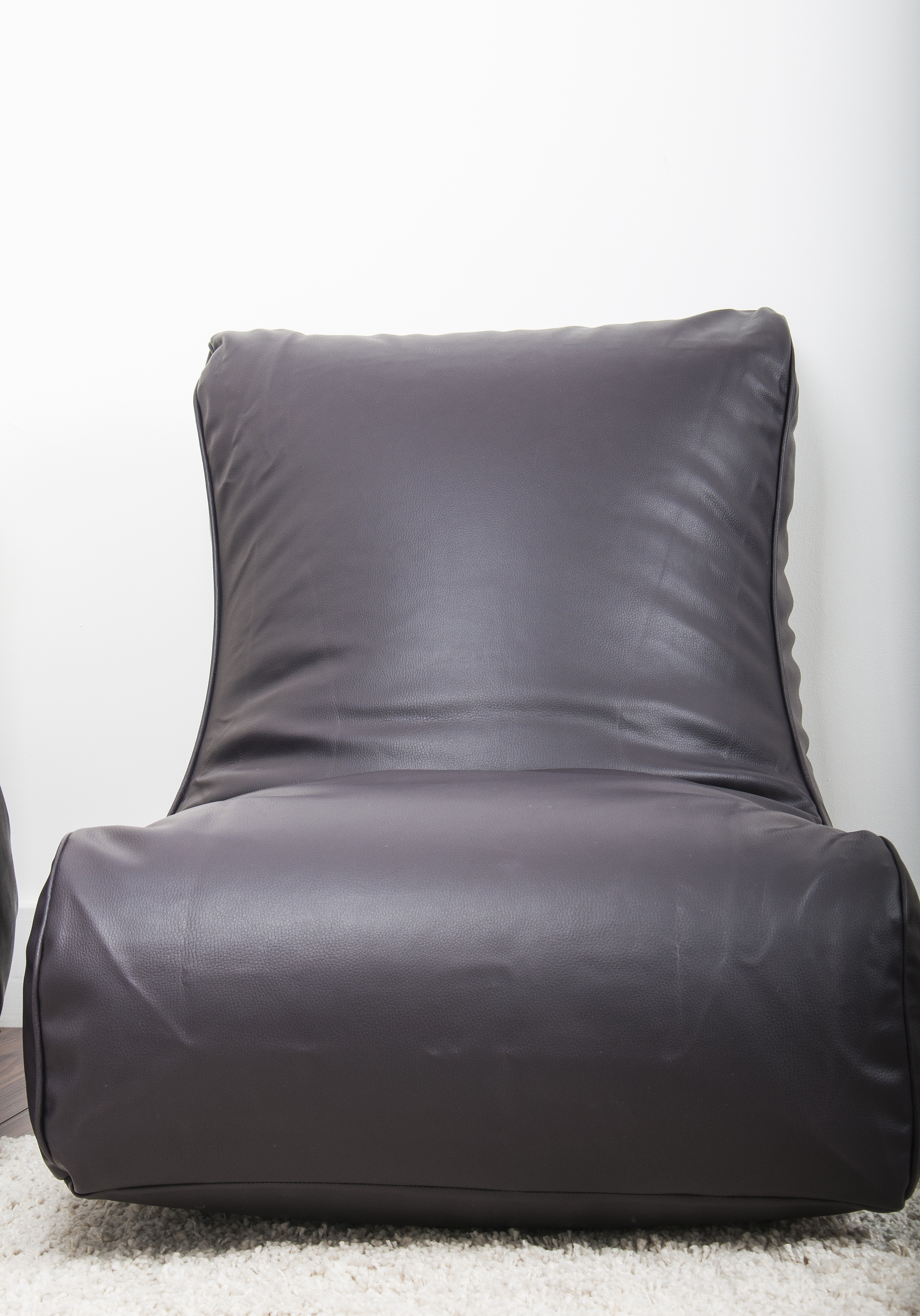bean bag gaming chair green bistro table and chairs leather look in aubergine