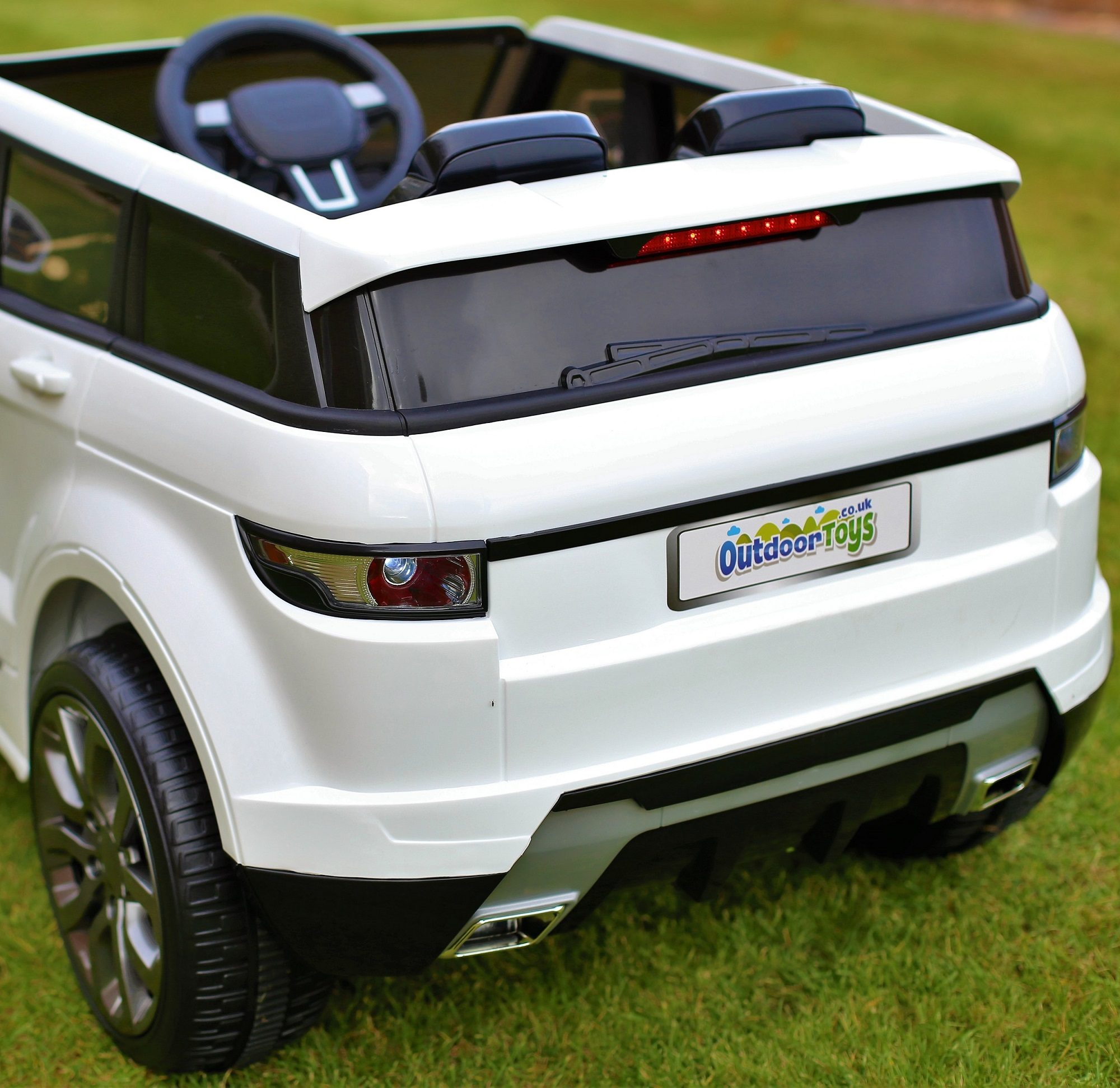 Maxi Range Rover HSE Sport Style 12v Electric Battery Ride on Car