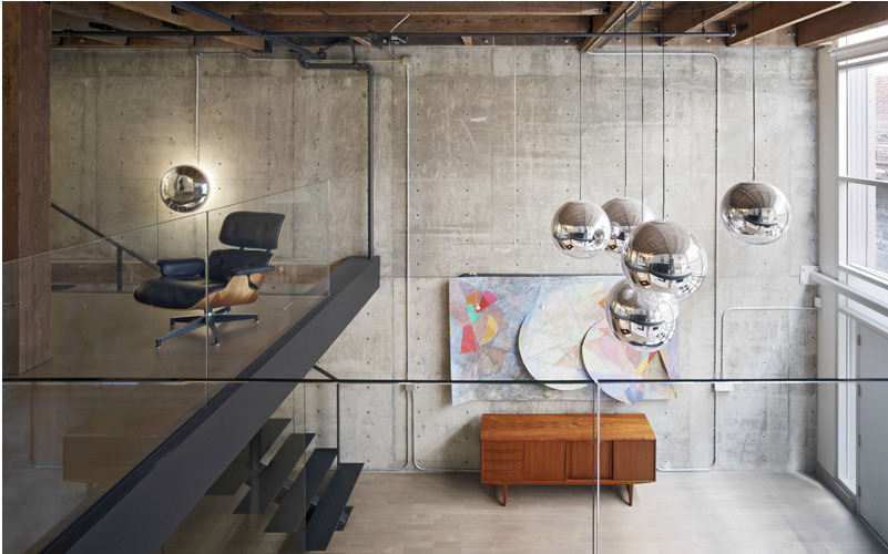 Interiores modernos Oriental Warehouse Loft  Lofts modernos
