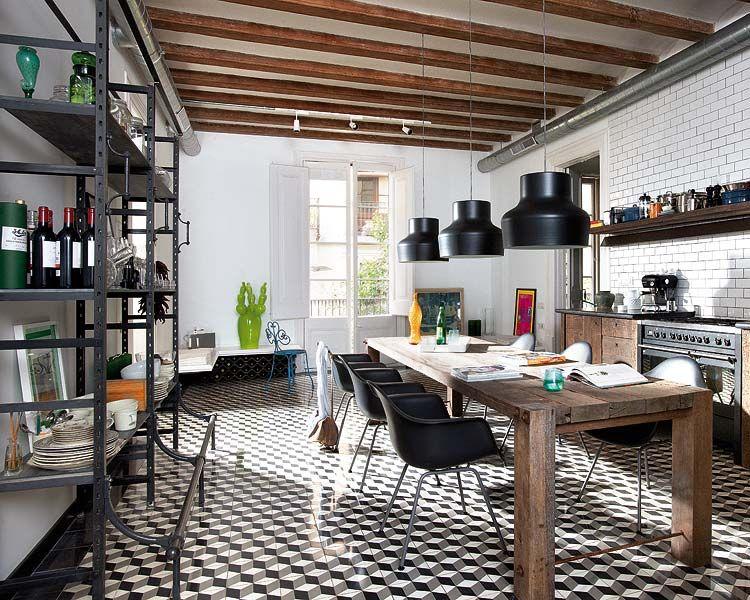 Puro eclecticismo en la decoracin de una casa en Barcelona