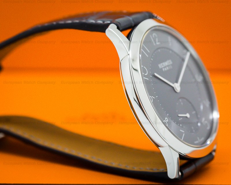 (27221) Hermes Ca2810 Slim D Steel Grey Dial