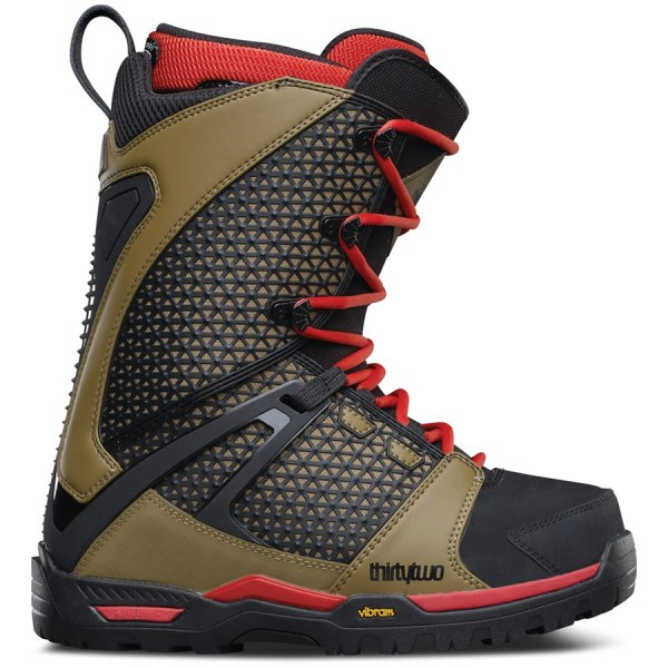 32 Snowboard Boots 2017