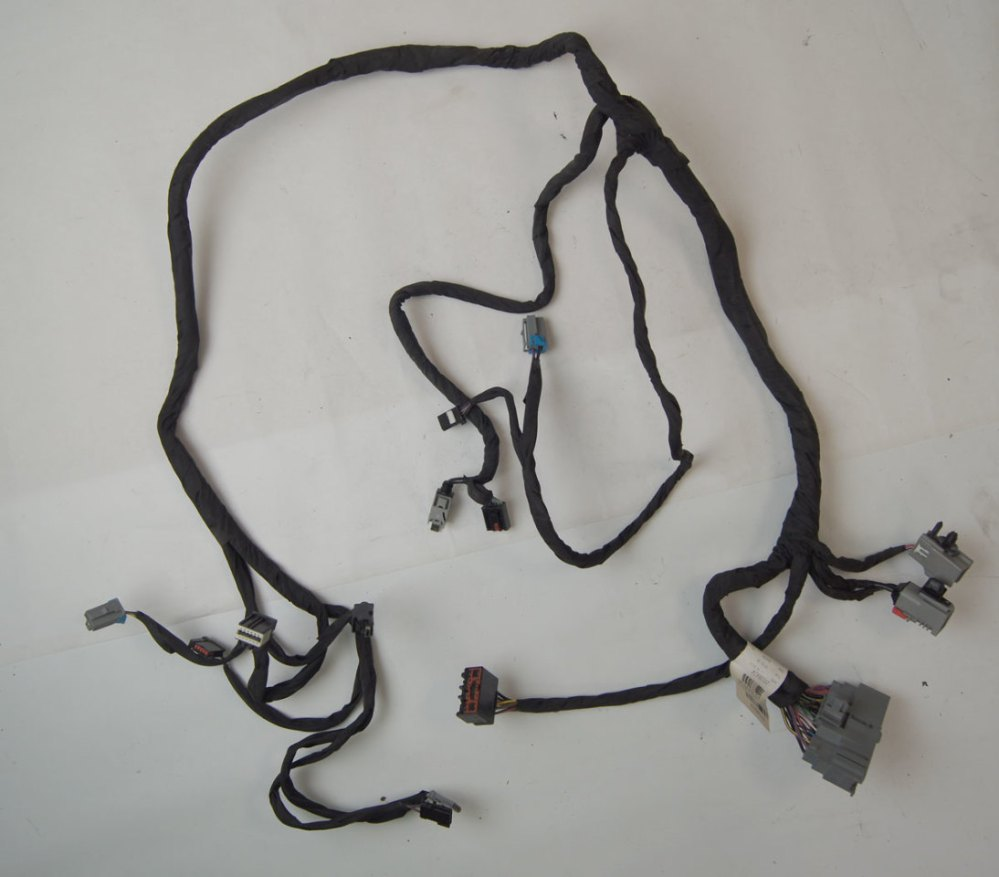 medium resolution of more views 2015 2017 suburban tahoe center console wire harness