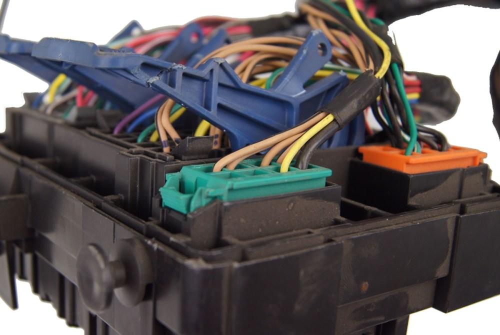 medium resolution of 2008 hummer h2 suv sut dash chassis wiring harness 25895646 25895634 hummer h2 wiring harness enginerear connector views