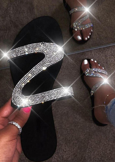 Slippers Summer Fashion Rhinestone Flat Slippers in Black. Size: 38,39