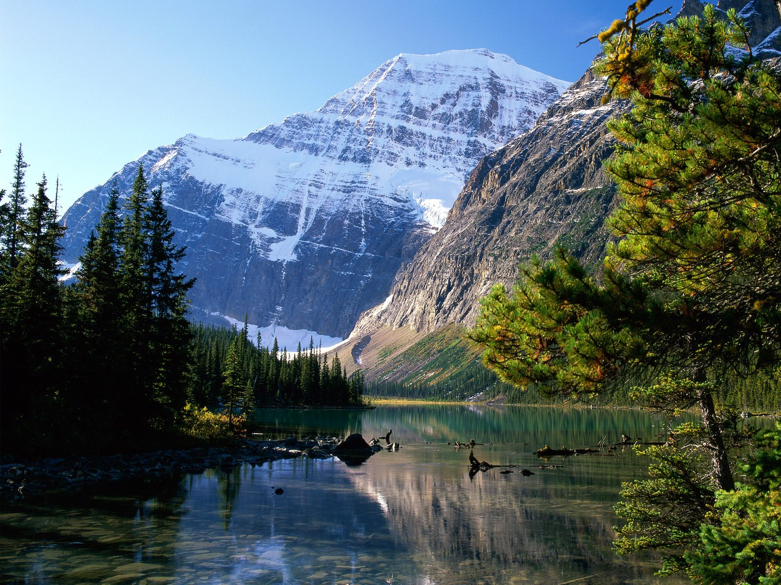 https://i0.wp.com/images.fanpop.com/images/image_uploads/Jasper-National-Park--Alberta-canada-55821_1600_1200.jpg