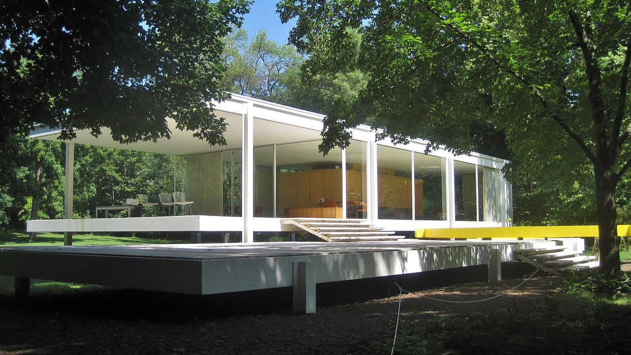Mies Van Der Rohes Farnsworth House Is At Risk