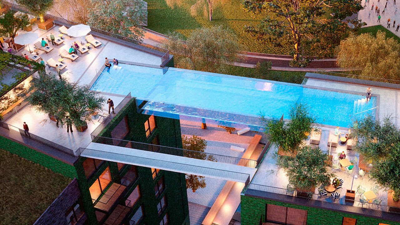 Floating Above London This Invisible Pool Lets You Swim Laps In The S