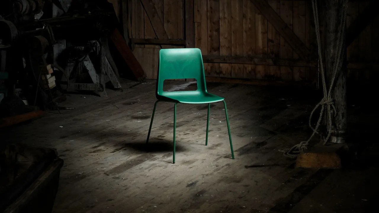 Body Built Chairs The S 1500 Chair Is Made From Recycled Ocean Waste