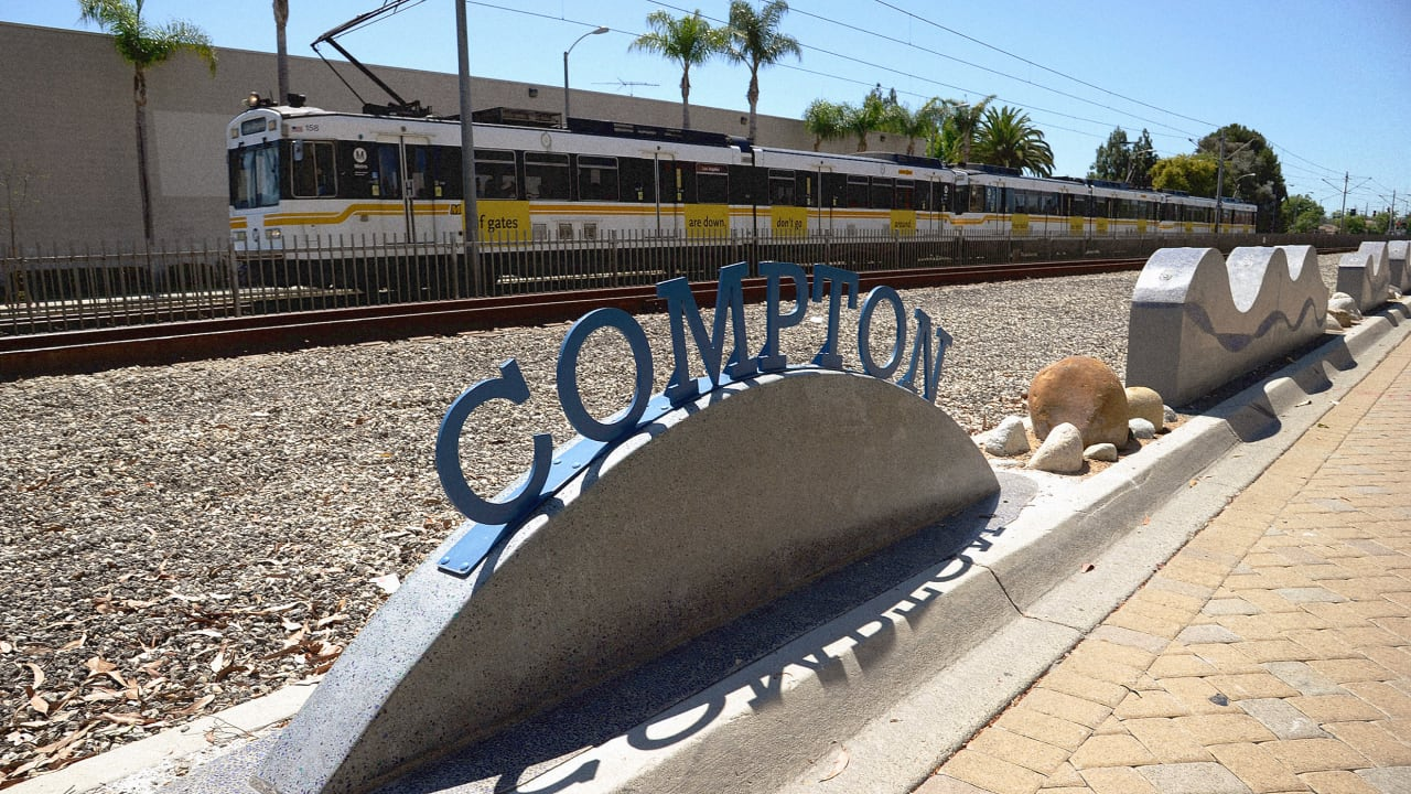 800 residents to get guaranteed income in Compton Pledge 2-year pilot program