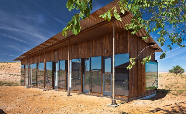 Students Build A Gorgeous One Room House In The Navajo Nation