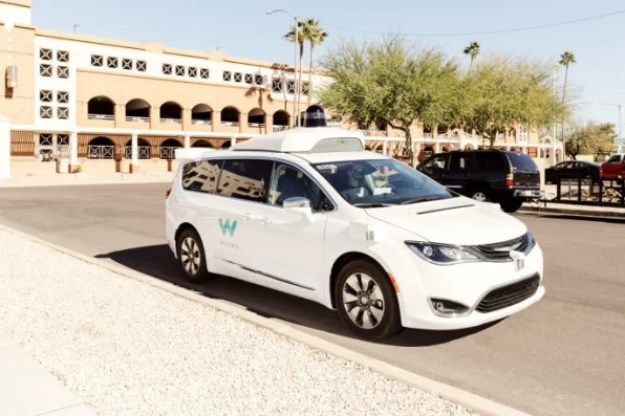 5-the-surprising-key-to-the-7-trillion-self-driving-686x457 The fate of self-driving cars hangs on a $7 trillion design problem Interior