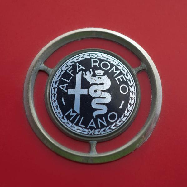 1961 Alfa Romeo Giulietta Sprint Veloce Series Ii Emblem