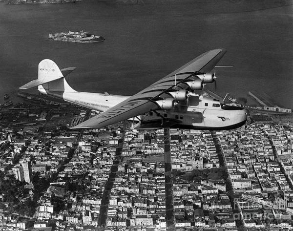 martin -130 china clipper flying