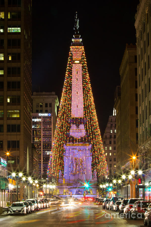 Monument Circle At Christmas Photograph By Twenty Two