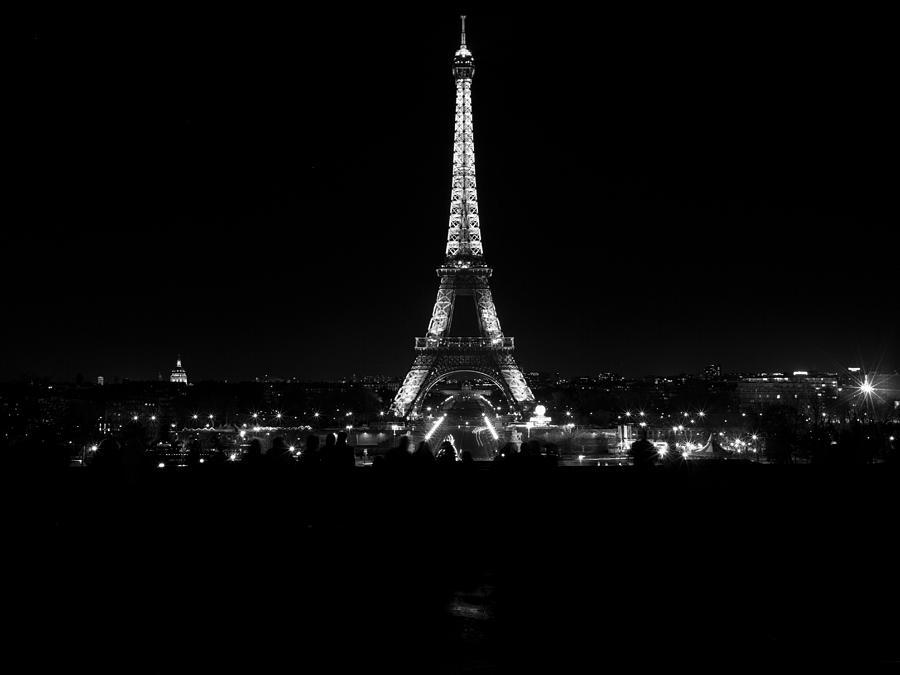 eiffel tower illuminated at
