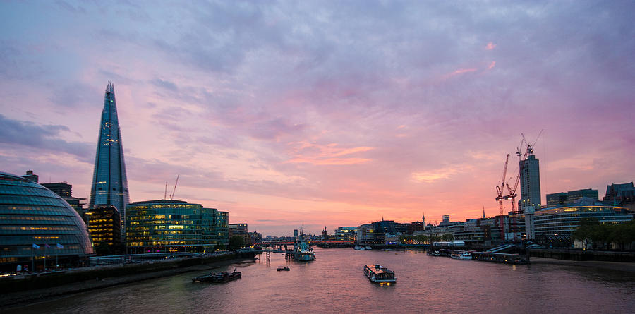 Baby Pink Iphone Wallpaper London Skyline Sunset Photograph By Dawn Oconnor