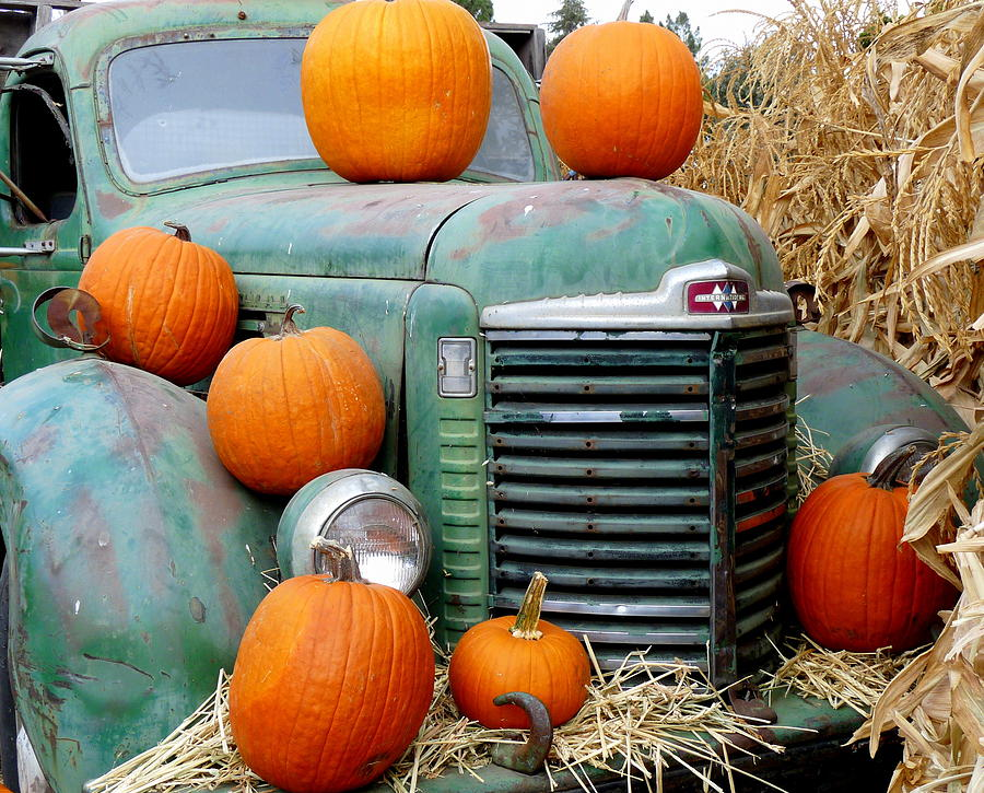 Pumpkins On Old Truck Photograph by Jeff Lowe