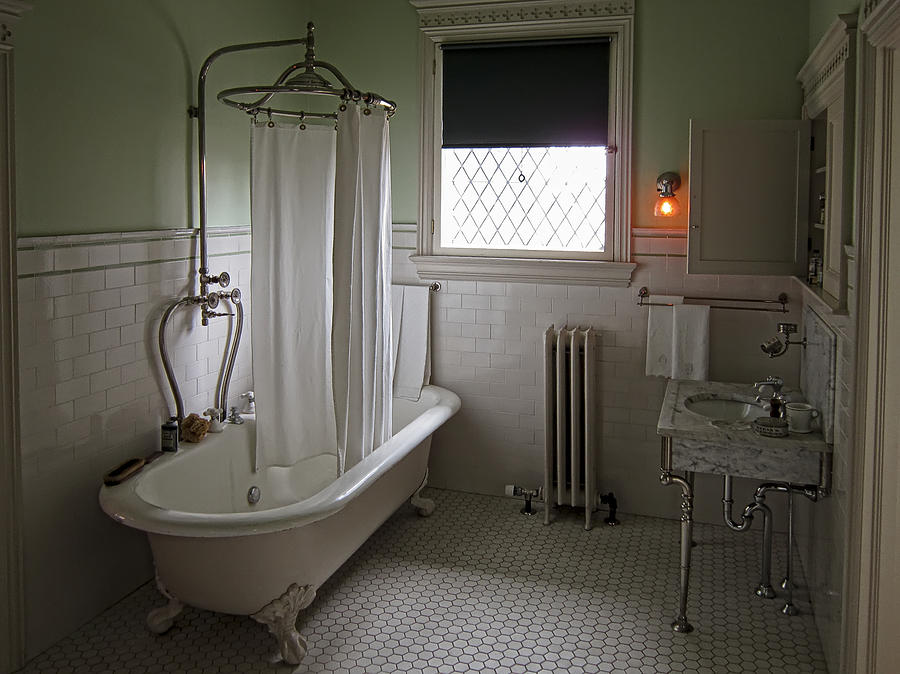 Victorian Campbell House Bathroom Photograph By Daniel