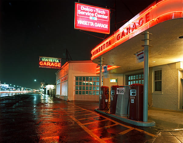 Vinsetta Garage by James Rasmusson