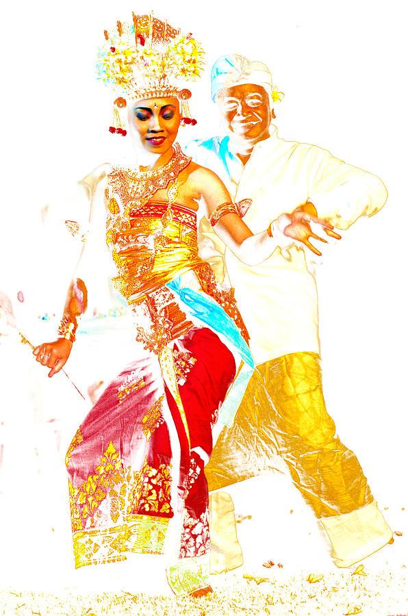 bali dancer for couple