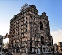 Divine Lorraine Hotel - Broad Street Philadelphia