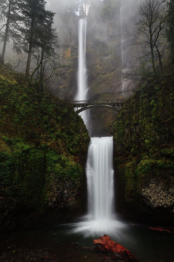 Multnomah Falls Wallpaper Multnomah Fall Photograph By Helminadia