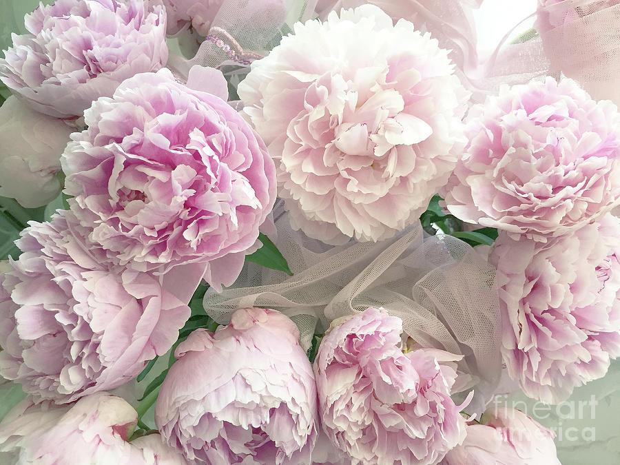 romantic shabby chic pastel
