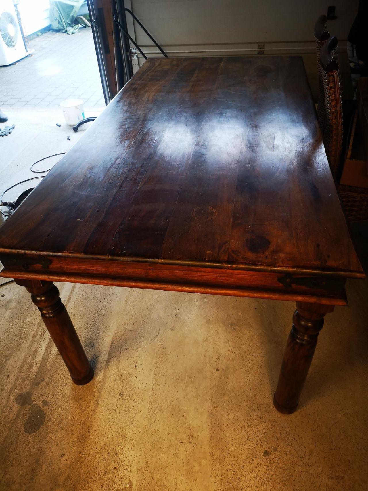 Spisebord Bombay Med 6 Stoler