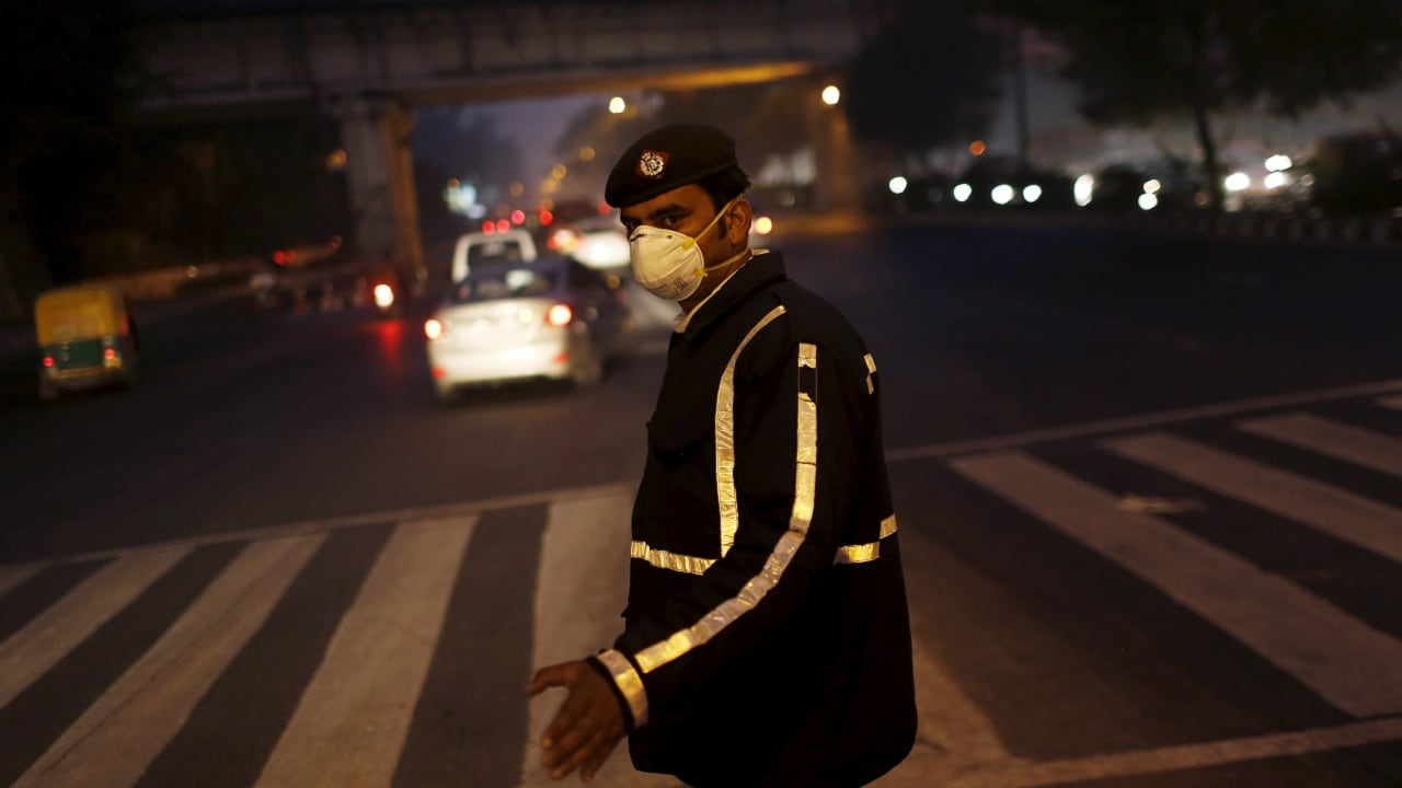 India faces two health emergencies simultaneously — COVID-19 pandemic and air pollution