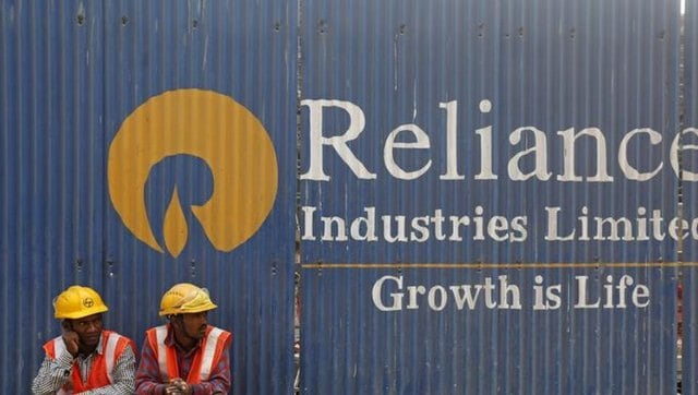 """Reliance consolidated profit doubles to Rs 13,227 crore in Q4; petrochem revenue rises 4.4%-Business News , GadgetClock"""""""