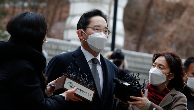 South Korean court sentences Samsung Electronics vice chairman Lee Jae-yong for 2.5 years in prison due to corruption