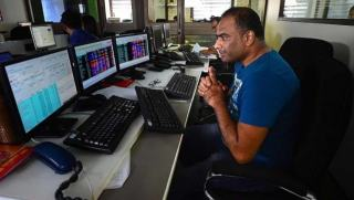 Market Roundup: Sensex ends 84 pts higher after choppy day; check the top gainers and losers here