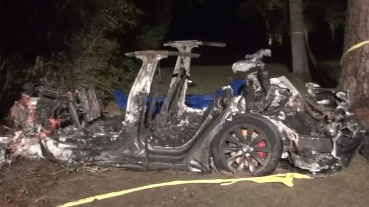 Two killed in fiery Tesla Model S crash, authorities say 'there was no one driving'- Technology News, Gadgetclock