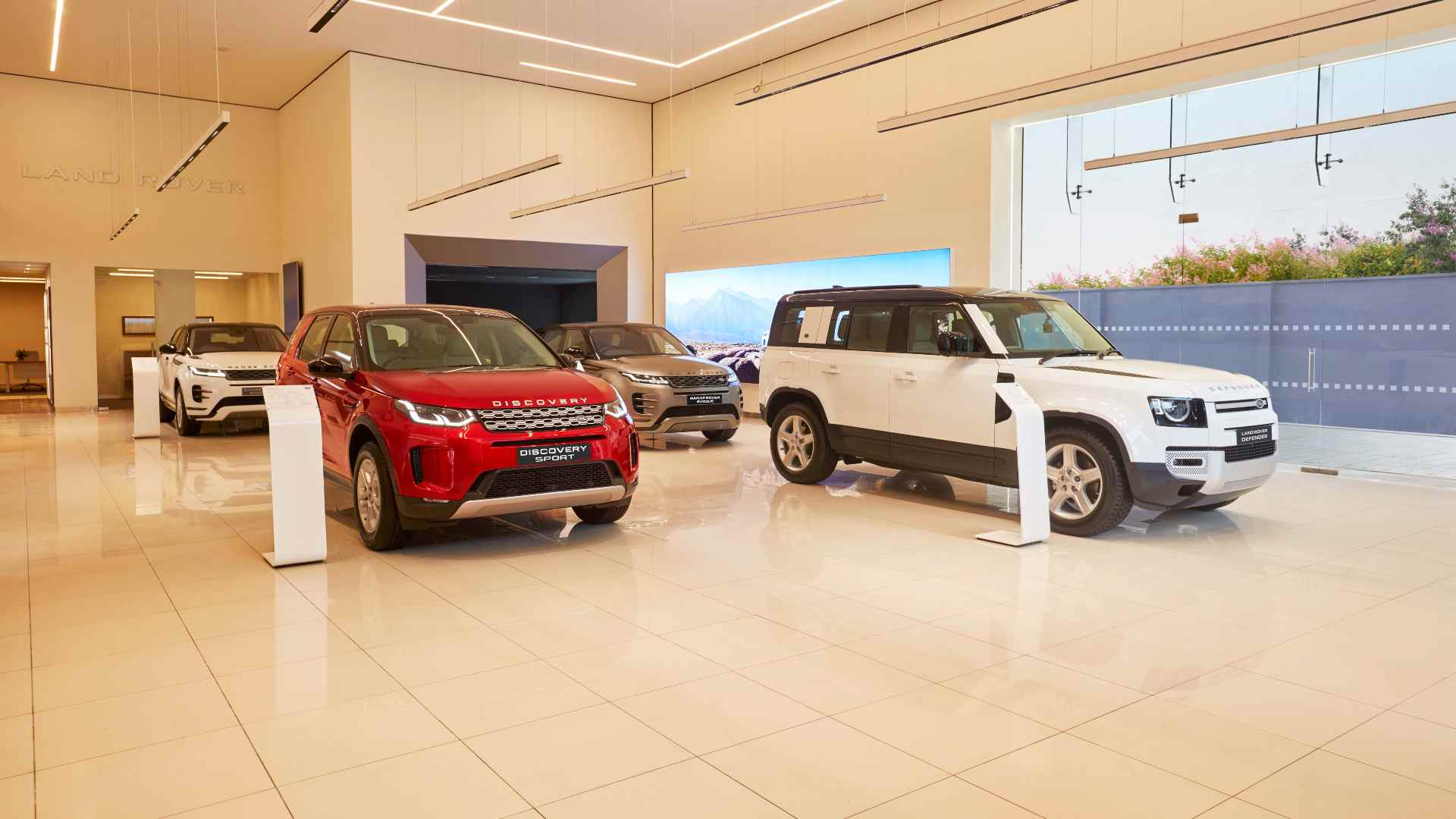 Jaguar Land Rover India lines up 10 model launches and portfolio updates for FY22- Technology News, Gadgetclock