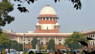 SC upholds Centre's notification permitting banks to proceed against personal guarantors under bankruptcy code-India News , GadgetClock