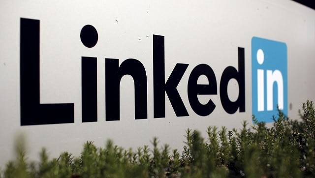 LinkedIn confirms that it is working on a Clubhouse-like audio chatroom feature- Technology News, Gadgetclock