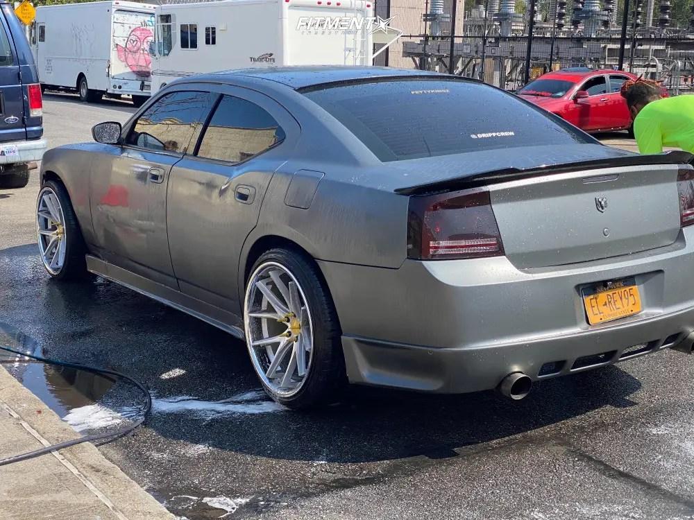 2006 dodge charger rt 4dr sedan 5 7l