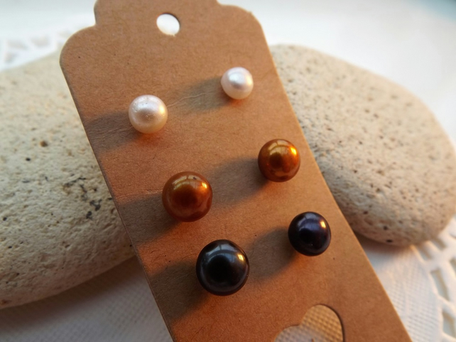 Stud Earring Collection. Real Pearl Stud Earrin...