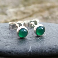 Green onyx stud earrings sterling silver, gemst...