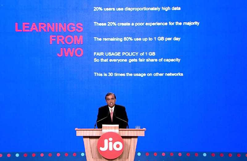 reliance-jio-new-year-offer-fup