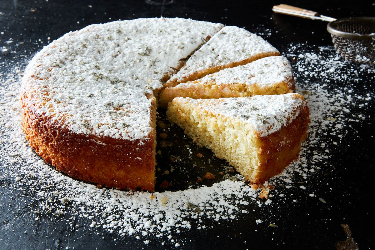 Lemon Lavender Cake with Olive Oil and Greek Yogurt Recipe