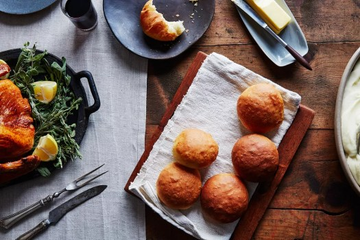 13 Best Thanksgiving Bread Recipes From Cornbread to Dinner Rolls 5