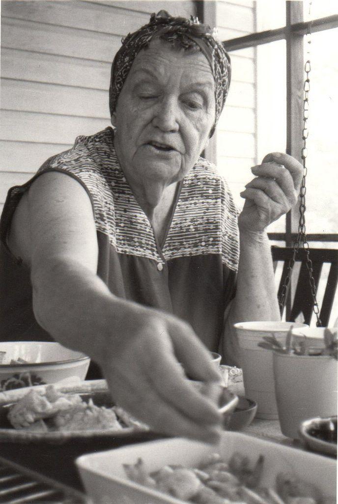 Grandma In Creole : grandma, creole, Five-Generation, Seafood, Gumbo