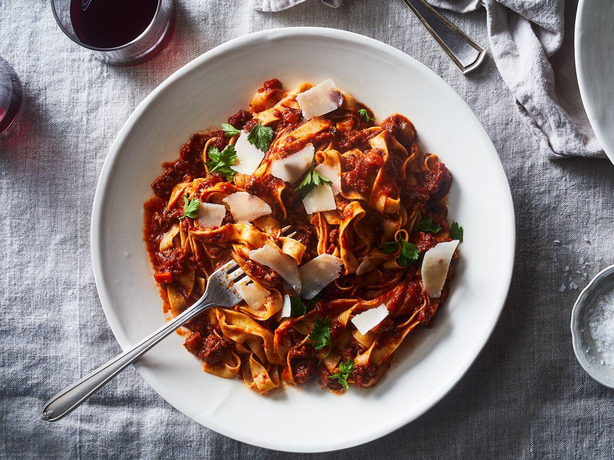jar of spaghetti sauce