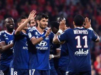 Nimes 2 - 3 Lyon