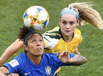 Australia 3 - 2 Brazil