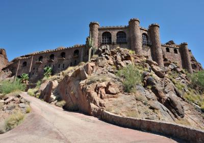 Red Rock Drive Castle