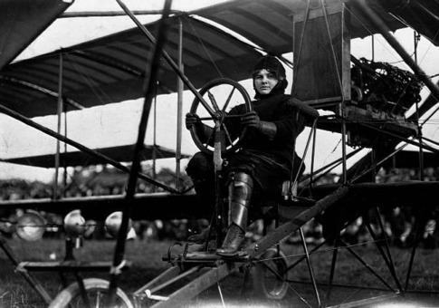 female pioneers of aviation